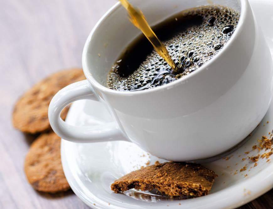cafeaua espresso cu biscuite